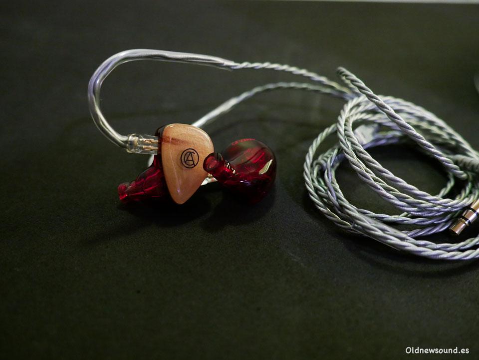 Custom Art FIBAE 3 | Review
